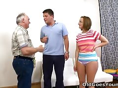 Orgy Amy gives dirty Deep throat
