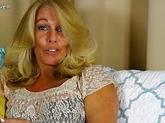Hot sexy COP mom Mature Smith Nude
